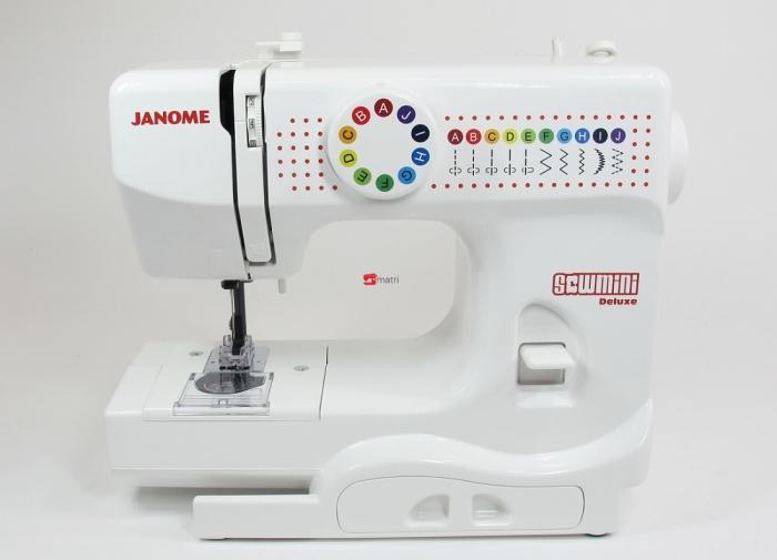 Janome sew mini la machine coudre adulte pour enfants for Machine a coudre klein